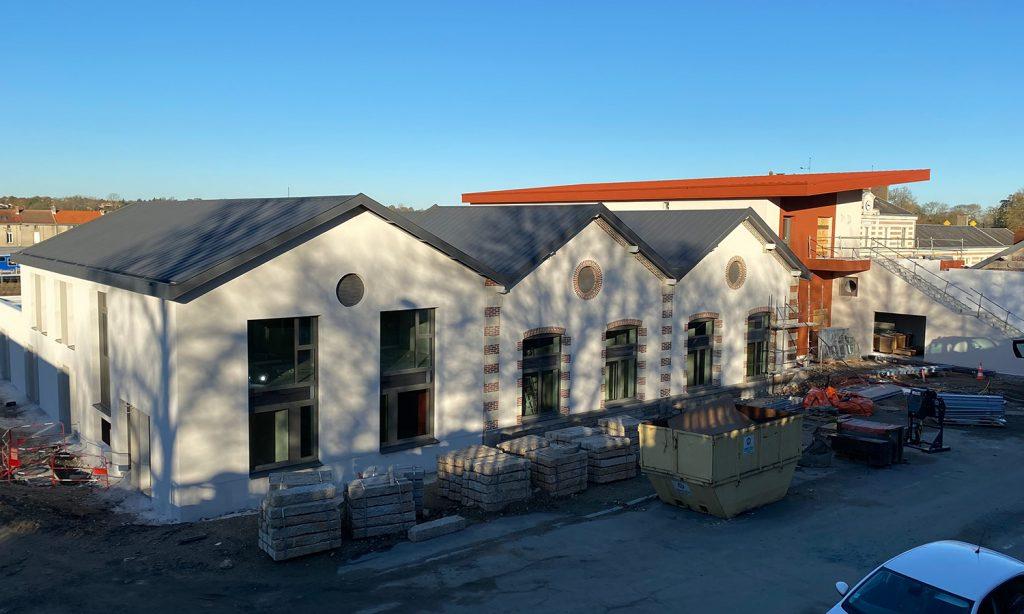 vue d'ensemble du chantier de la gare de Bressuire